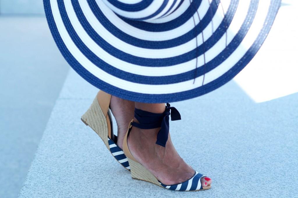 navy-white-stripes-7
