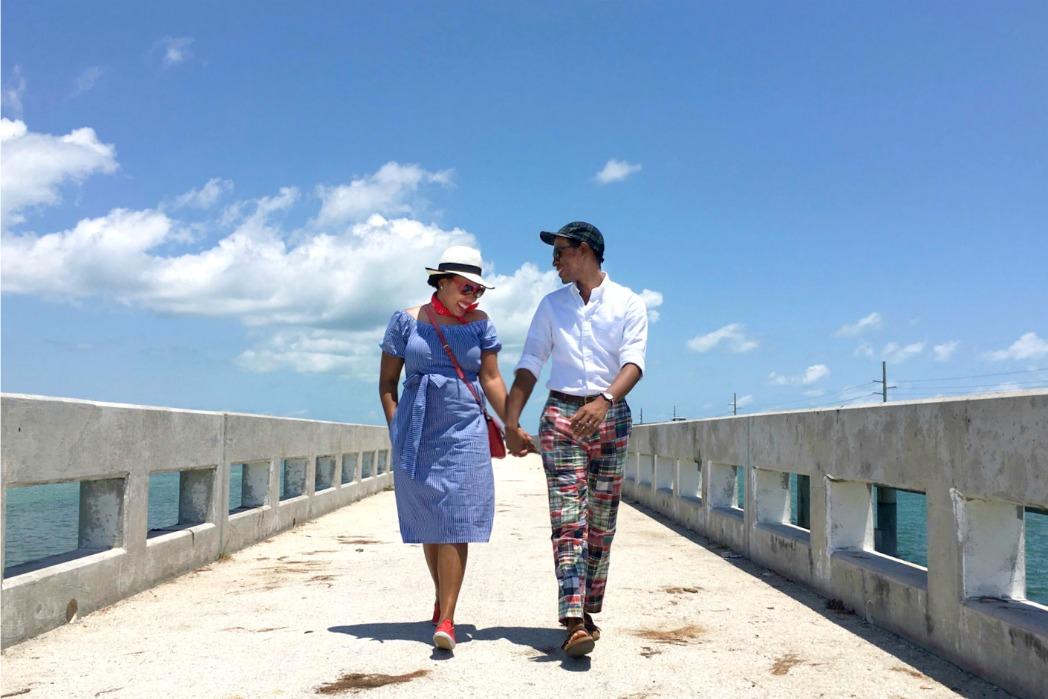seven mile bridge - striped off-the-shoulder dress & red accessories